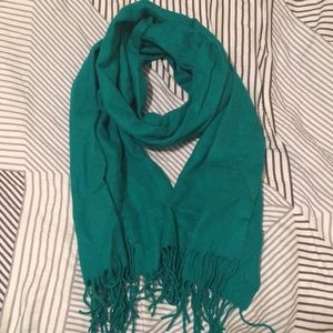 Accessories - Fleece teal scarf with fringe.